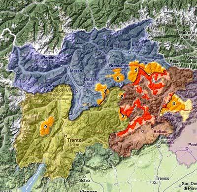 Mappatura delle provincie di Belluno, Trento, Bolzano affiancate alla regione Friuli. In evidenza l'area occupata dalle Dolomiti