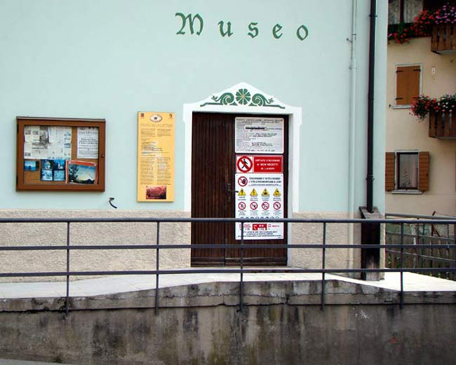cartelloni-porta-museo