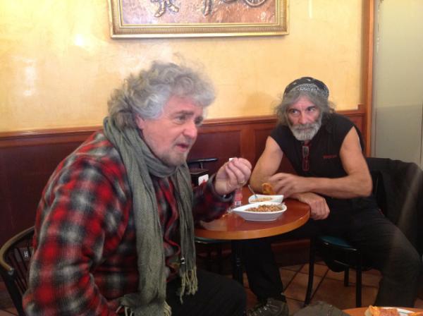 Beppe Grillo e Mauro Corona