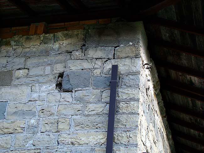 004-crepe sulla ex caserma di Soracrepa facciata ovest