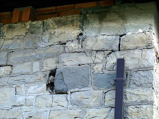 005-crepe sulla ex caserma di Soracrepa facciata ovest