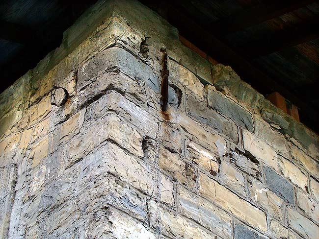022-crepe sulla ex caserma di Soracrepa facciata nord ovest