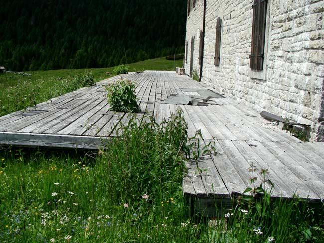 adiacenze della caserma di Soracrepa 26 giugno 2012