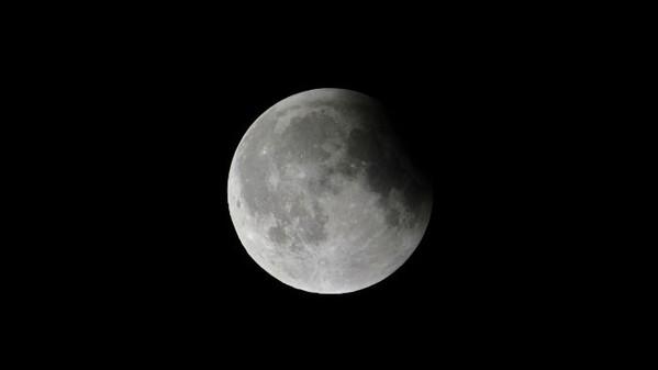 eclissi_parziale_di_luna_il_25_aprile_6970