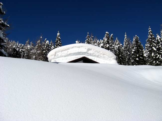 12 Baita a Fraina Pian dei Buoi - Traversata da Deppo (Domegge) a Valdarin 23-02-2014 - Foto Eugenio Calligaro