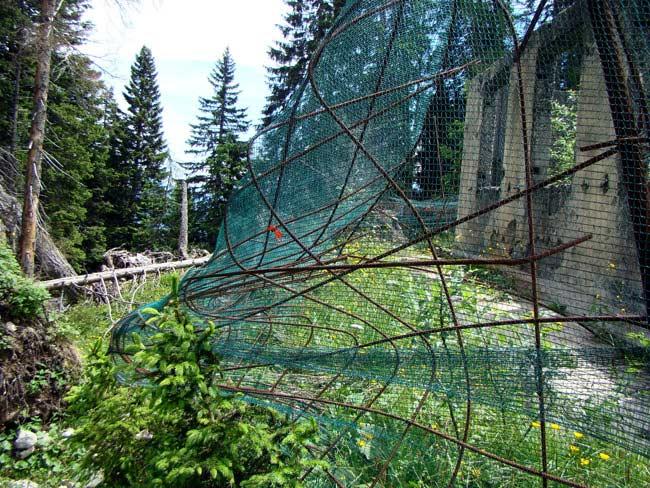 perimetrazione anti intrusione Forte Col Vidal: Villa del Capitano (01) - tutte le foto seguenti sono state scattate il 05-luglio-2016