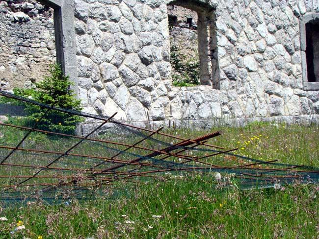 perimetrazione anti intrusione Forte Col Vidal: Forte Basso (03)