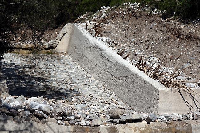 erosionelavellovallongiarin