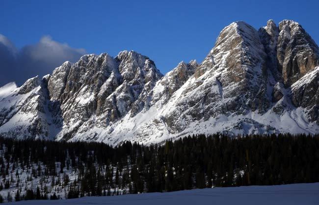 Cresta dei Castellati e M. Brentoni da Casera Razzo