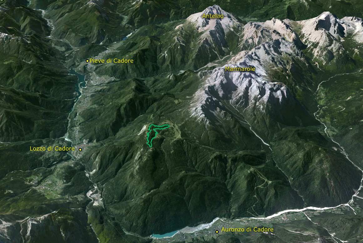 Il Parco della Memoria in 3D (da Google Earth): la collocazione del Parco è dominante rispetto alla valle d'Ansiei e a quella del Piave