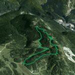 Il Parco della Memoria in 3D (da Google Earth): la dorsale dei Colli da Soracrepa a Col Vidal ripresa da ovest; a d. a valle Cima Gogna