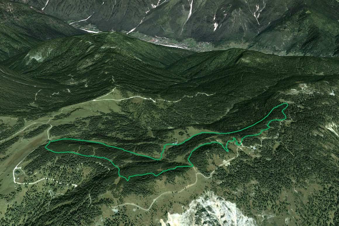 Il Parco della Memoria in 3D (da Google Earth): da Soracrepa a Col Vidal; al centro la Val Salega (Valsalega)