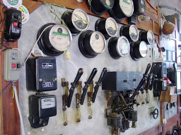 Il quadro controllo e comando della centralina e della rete di distribuzione.