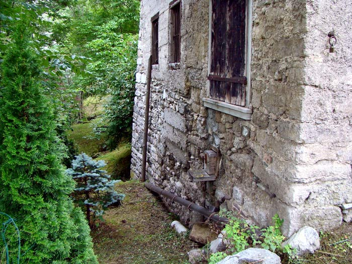 Il follo Da Pra era legato a questa facciata.