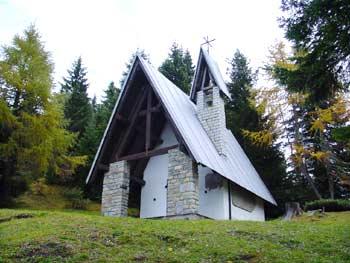 La chiesetta della Madonna del Ciareido a Pian dei Buoi